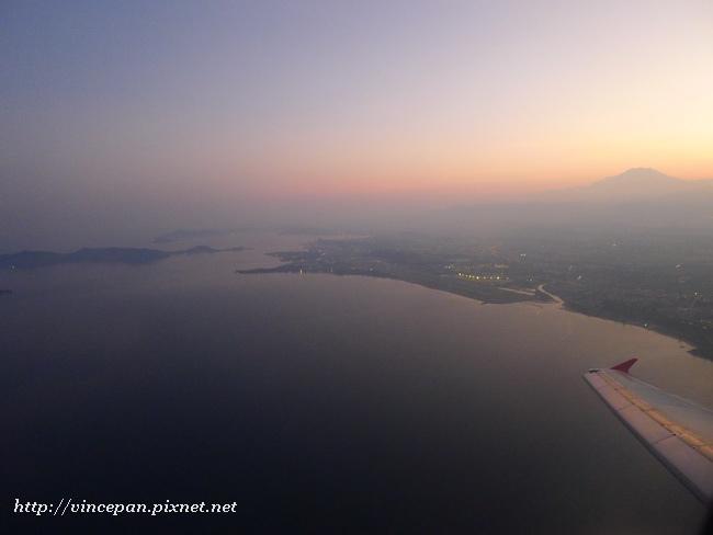 亞庇市區與外海