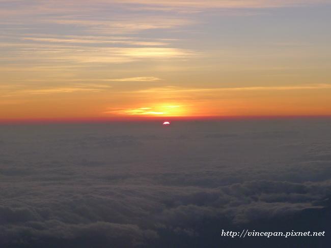 雲海上的日出1