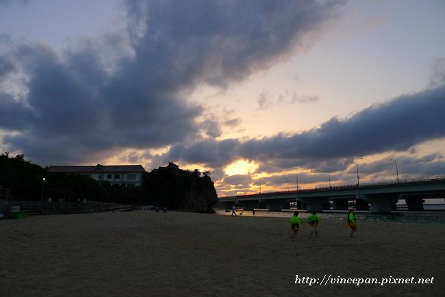 波之上海灘 傍晚3