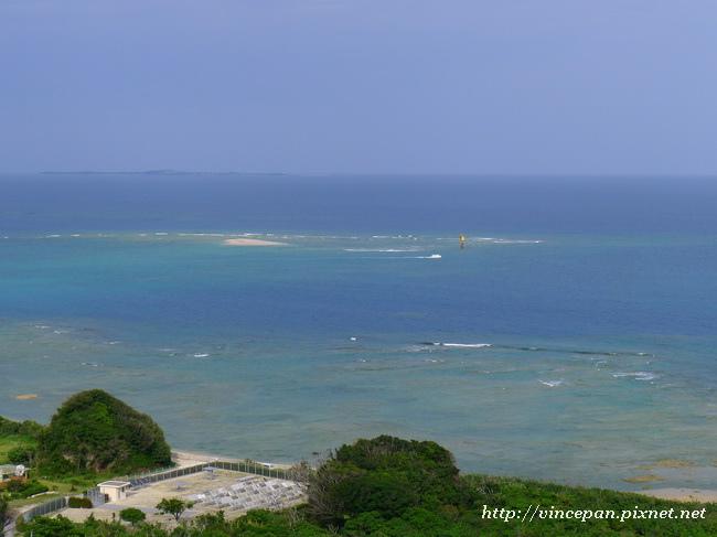 旅遊中心後方 看海