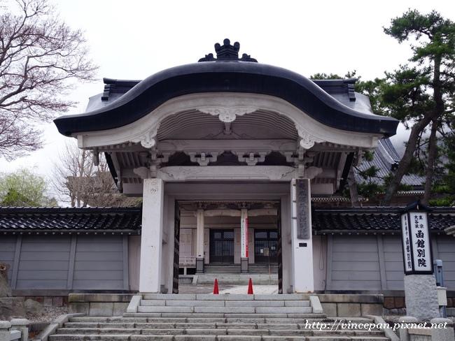東本願寺廟函館別院 大門