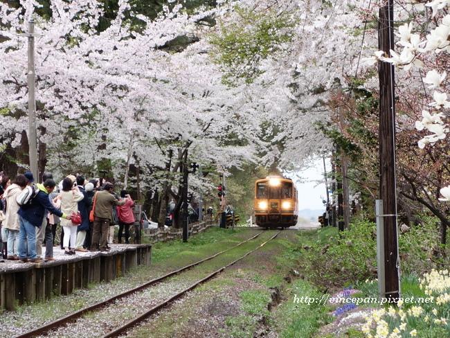 火車進站2