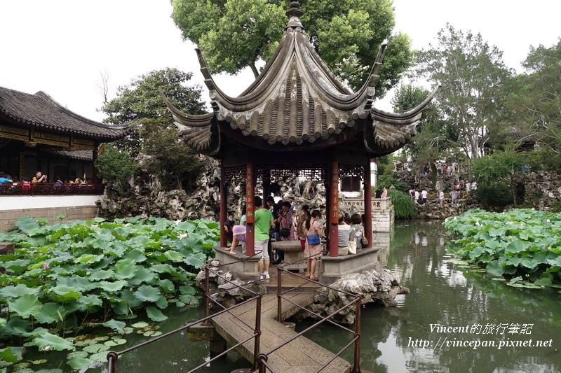 湖心亭 小橋
