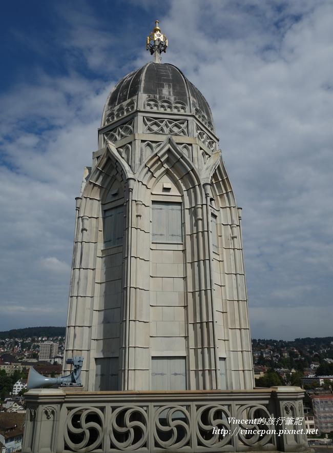 蘇黎世大教堂雙塔之一