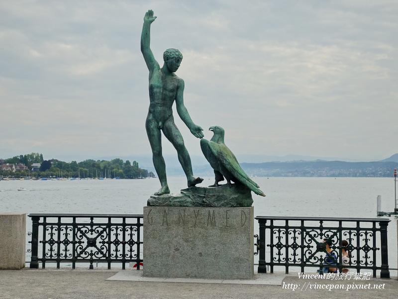 Bürkliplatz的雕像