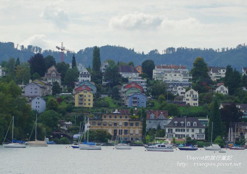 湖畔住宅3