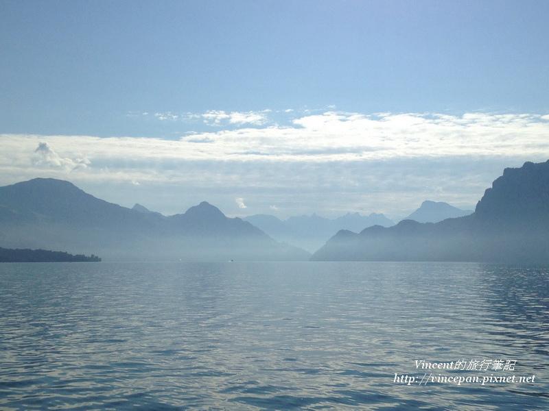湖面飄渺3