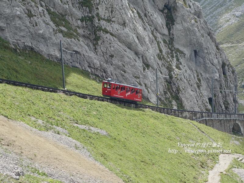 火車山壁2