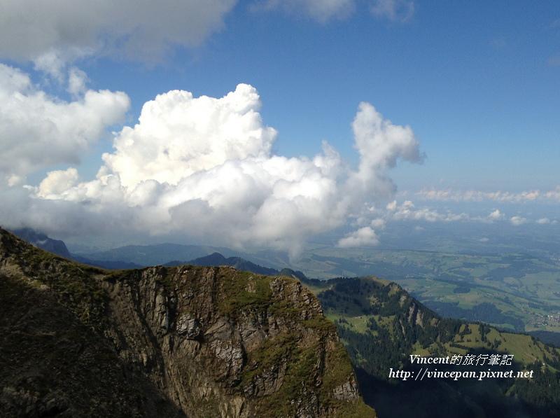 pilatus cloud