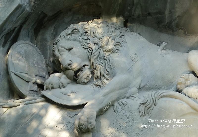 獅子紀念碑 特寫