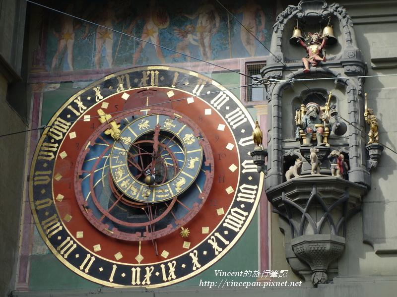 天文鐘與人偶