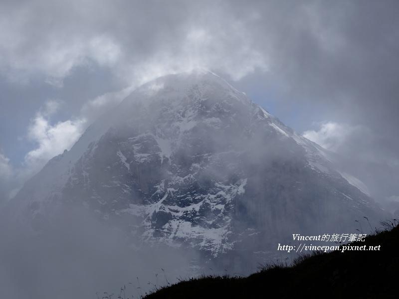艾格峰頂 雲霧1