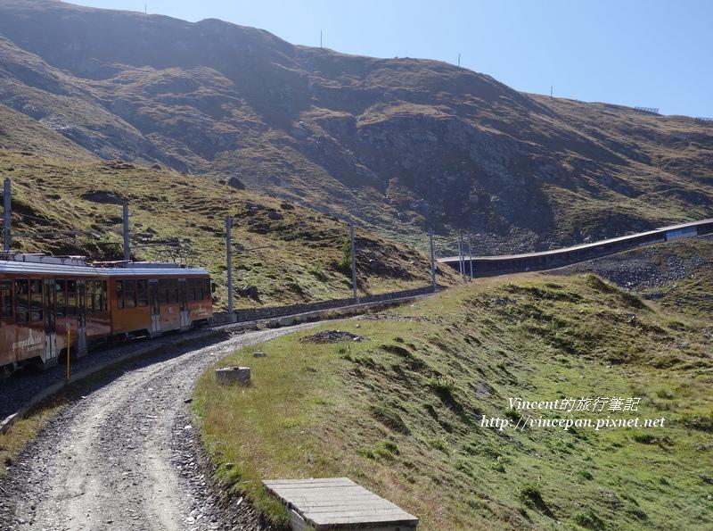 高納葛拉特登山火車 爬坡