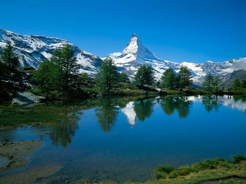 Grindjisee lake- Matterhorn