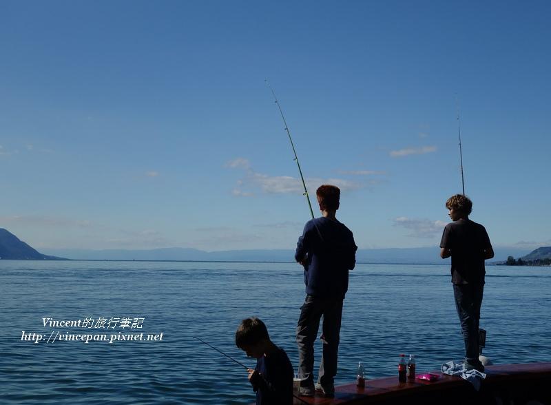 蕾夢湖 釣魚