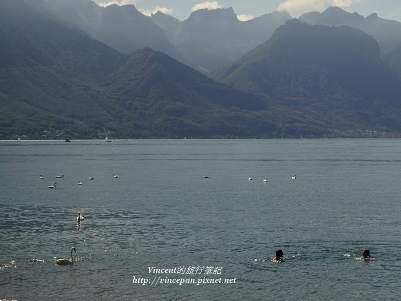 蕾夢湖 游泳2