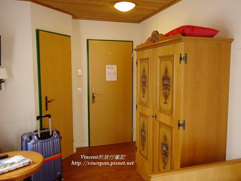 Hotel Hirschen room2