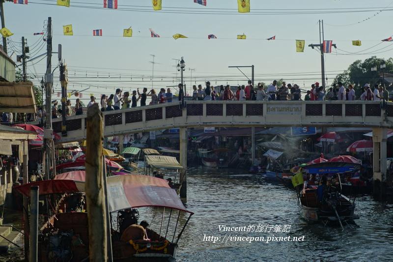 人行拱橋1