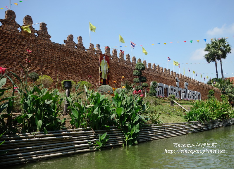 大城水上市場 城牆