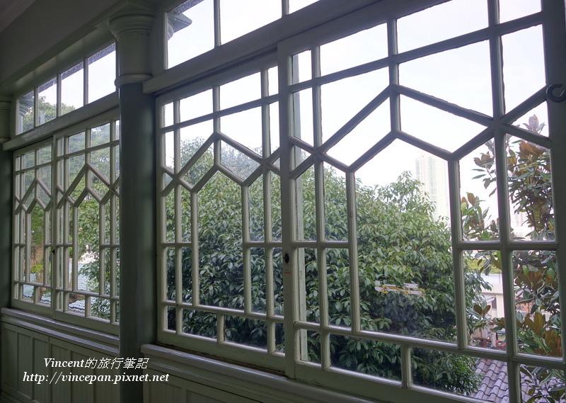 萌黃之館二樓窗框2