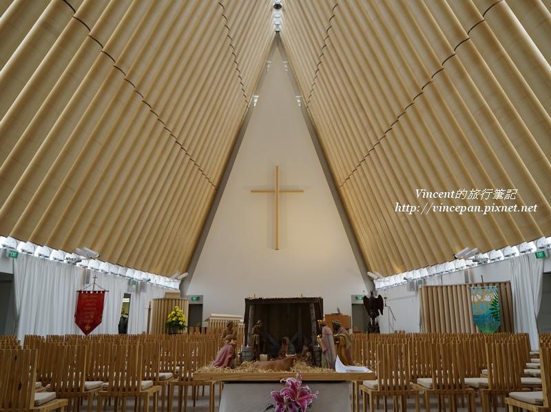紙教堂 內部2