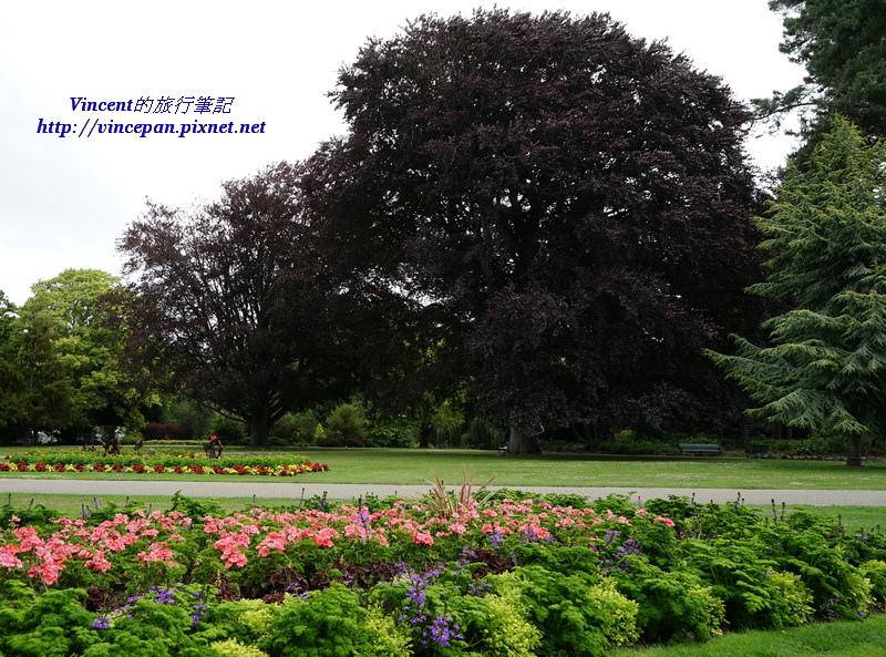 植物園入口花圃