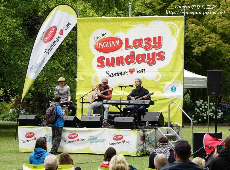 Lazy Sundays表演者