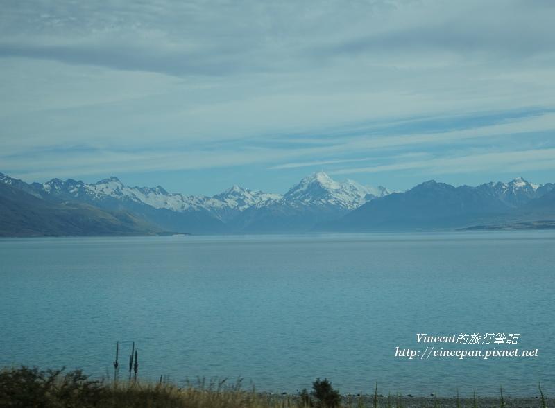 Lake Pukaki 遠山