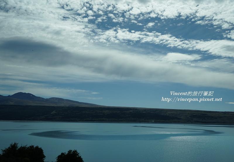 Lake Pukaki 湖面 圈