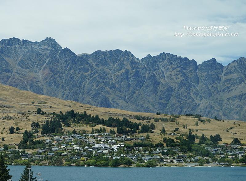 瓦卡蒂波湖山丘2