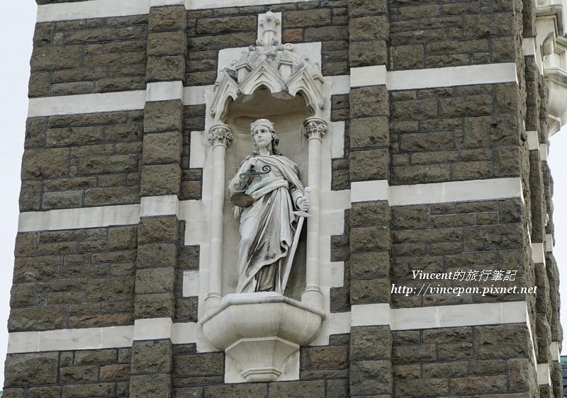 法院大樓 雕像