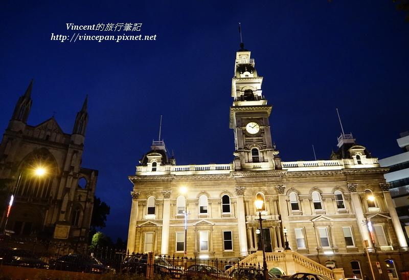 市政廳與聖保羅大教堂 夜景1