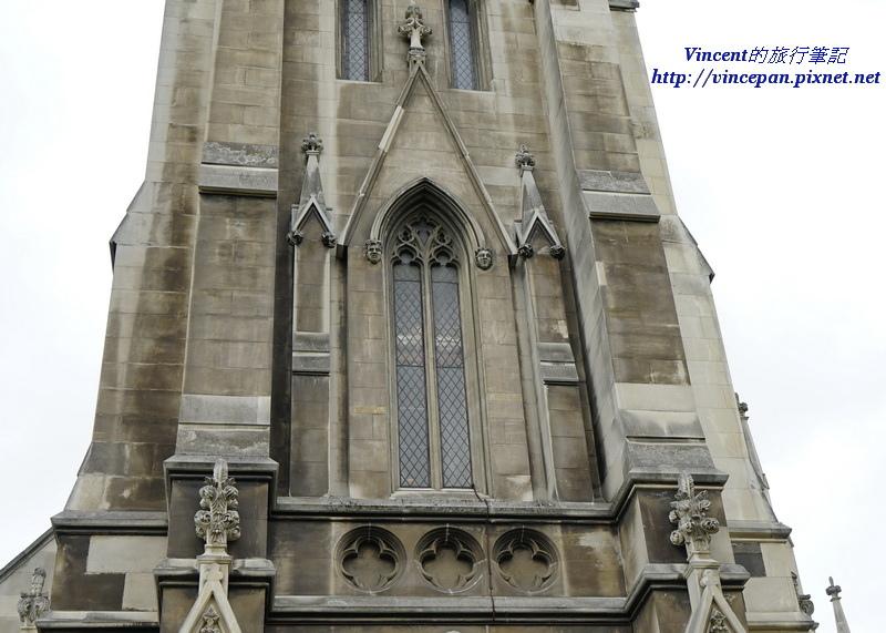 First Church鐘樓窗戶