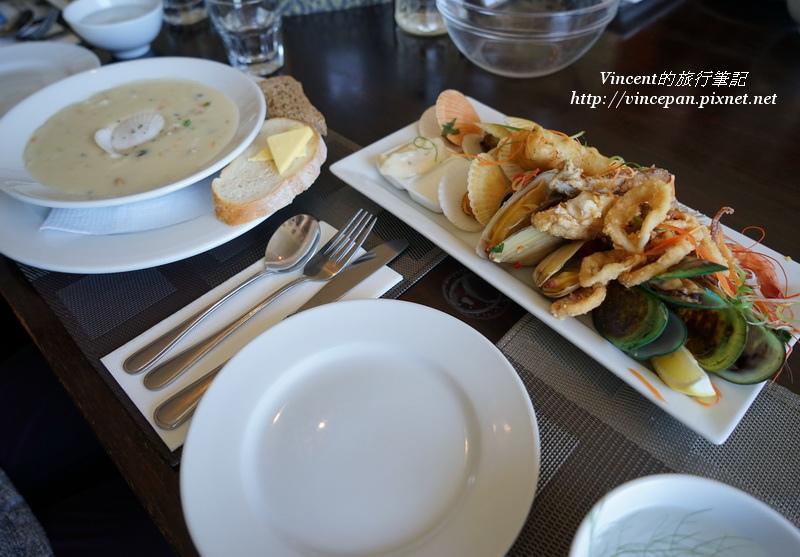 Seafood Platter & Chowder