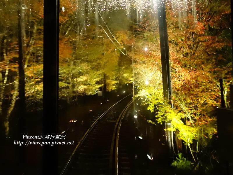 叡山電車楓葉隧道1