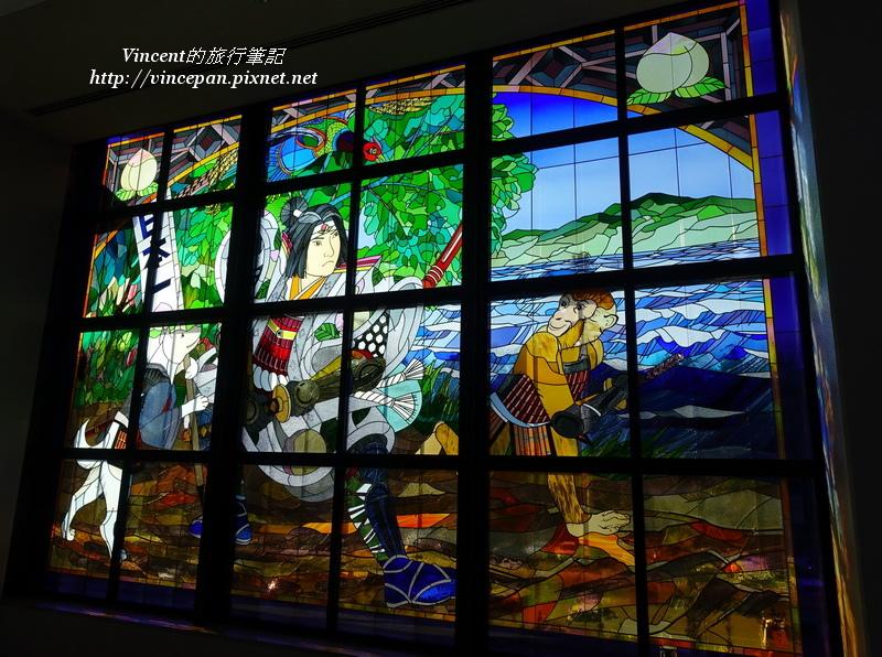 岡山機場 彩繪