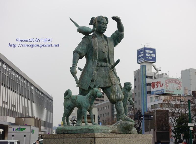 桃太郎的雕像