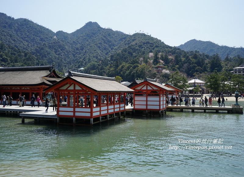 嚴島神社 海上