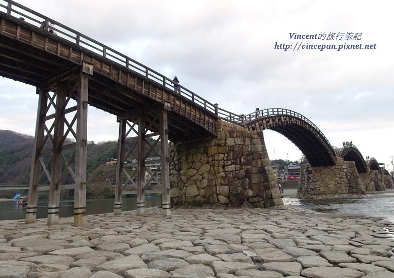 錦帶橋下方