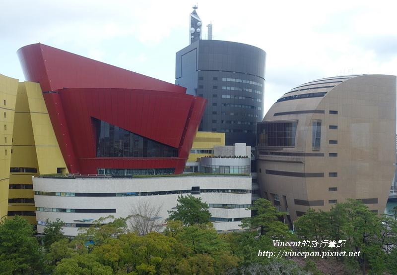 NHK大樓、購物中心