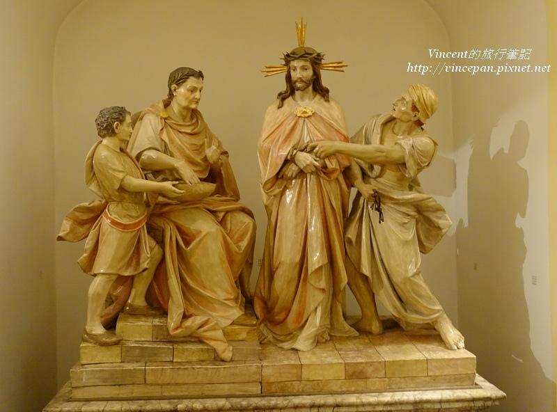 伯格塞爾教堂雕像
