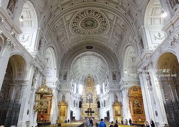 聖米歇爾教堂拱頂