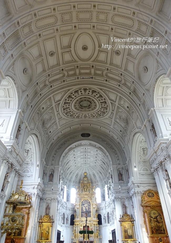 聖米歇爾教堂拱頂 直