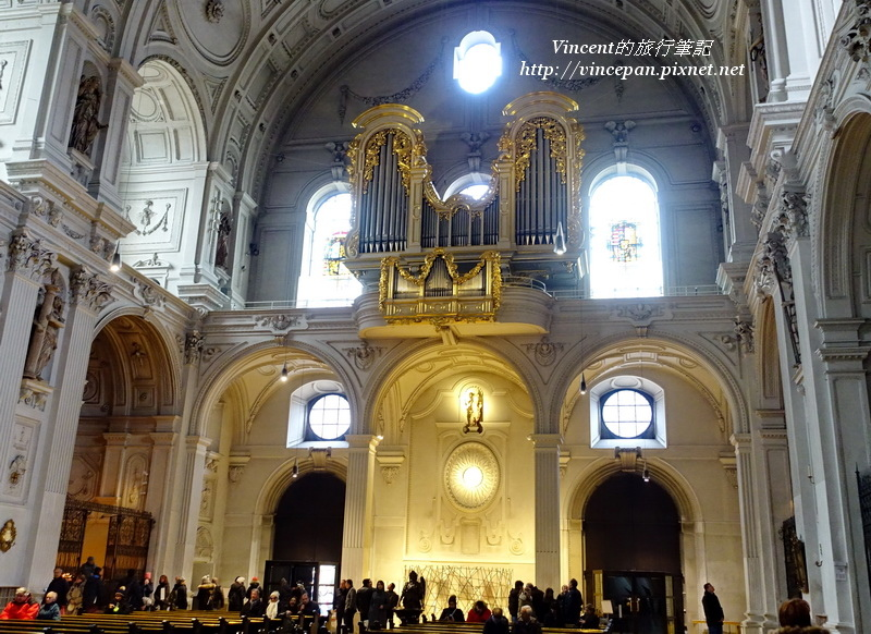 聖彌額爾教堂的管風琴