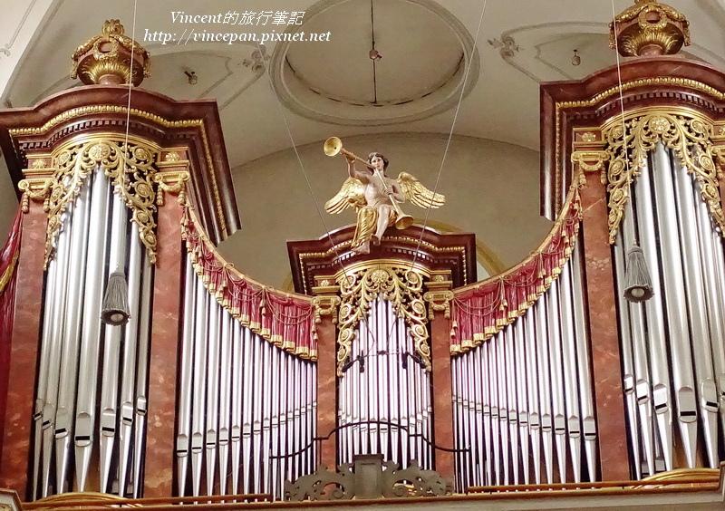 聖彼得教堂的管風琴