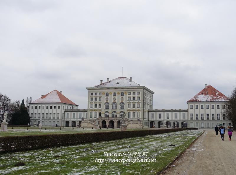 寧芬堡宮殿後方 運動