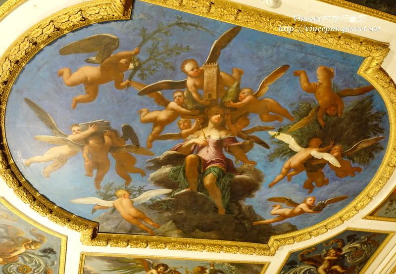 接待室 天花板的畫