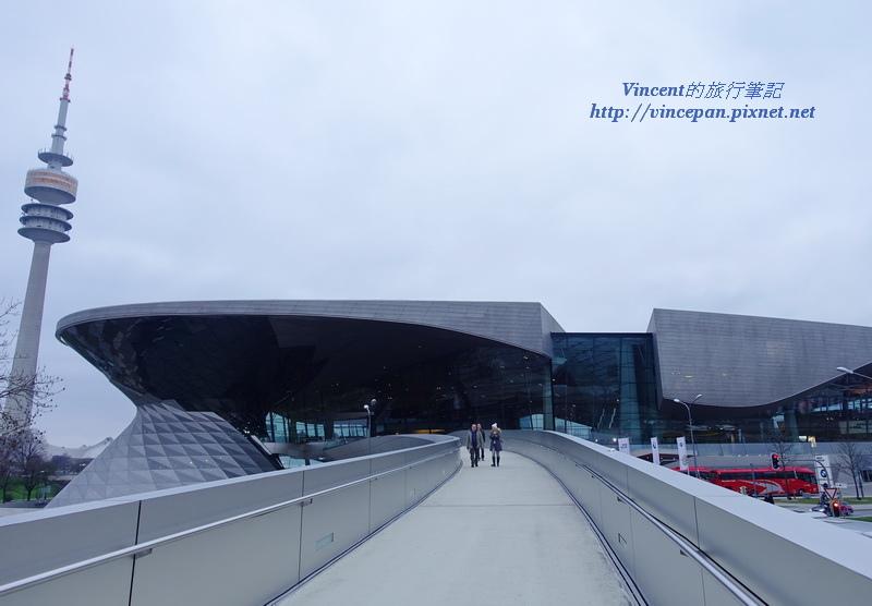 BMW Welt天橋