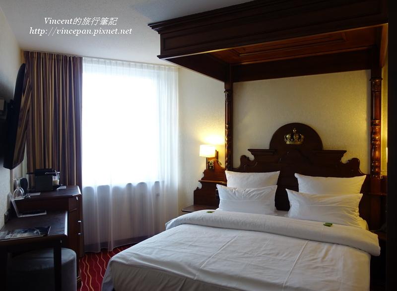 Kings Hotel四柱床
