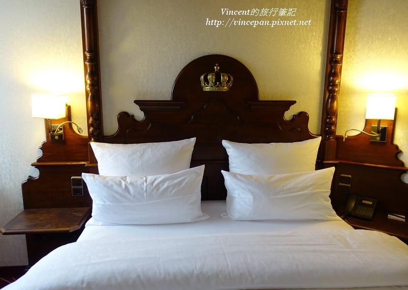 Kings Hotel 床 皇冠